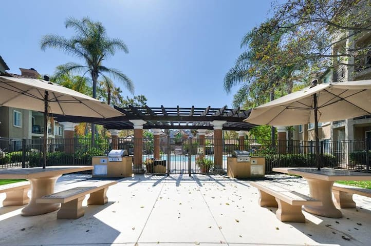 The Perfect Location, Mission Valley - San Diego - Apartment