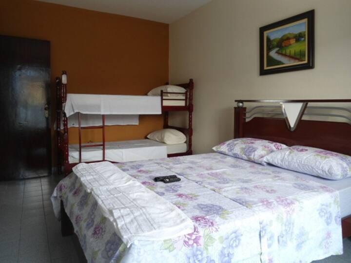 Suite aconchegante em Cunha - (2)