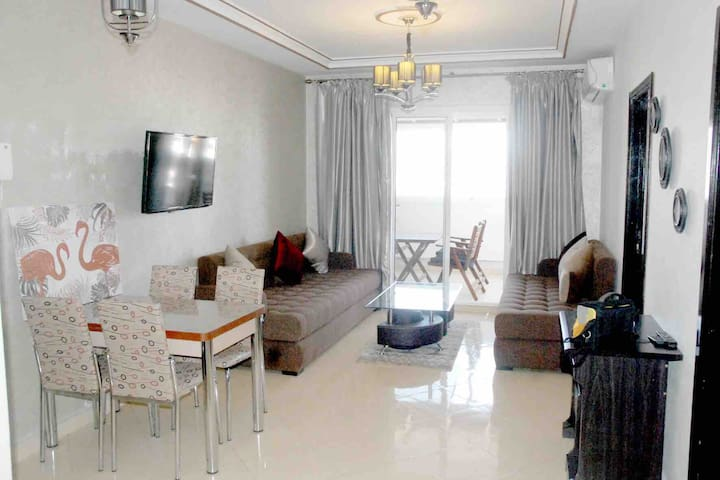 heart of corniche apartment Tangier city