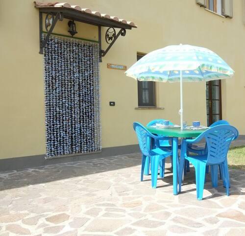 Farmholiday with pool in Tuscany - Pomarance - Lägenhet