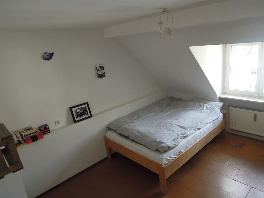 Bett für 2 Personen