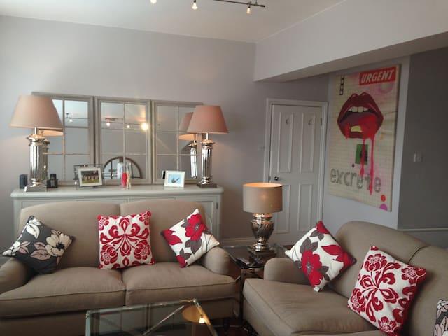 Stylish Room in Soho! Rear Bedroom! - Londres