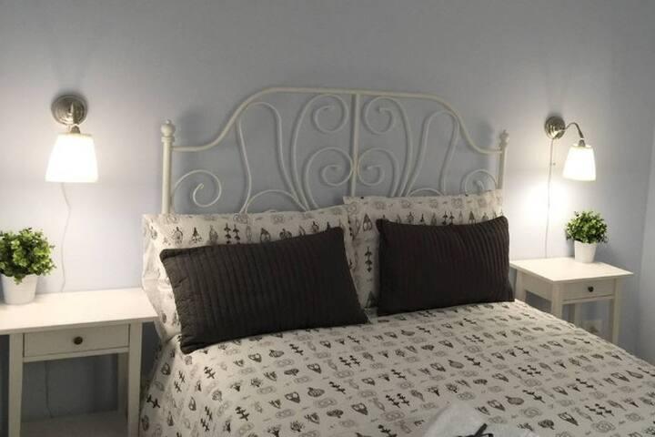 Camera letto matrimoniale piano -1