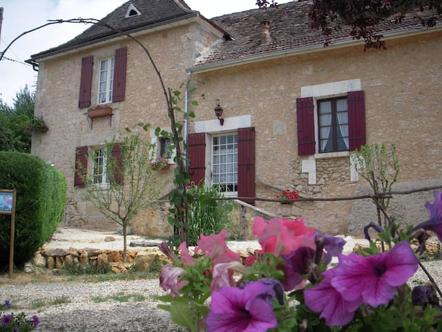 Gîte de charme en Périgord:Bergerac - Saint-Jean-d'Eyraud - House