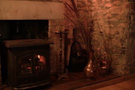 Charming 18th Century Cottage  - Axbridge