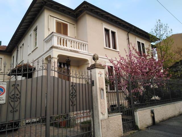 Appartamento in villa vicinanze Policlinico