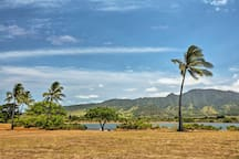 Swaying palms & stunning tropical vistas set the tone for your Hawaiian retreat.