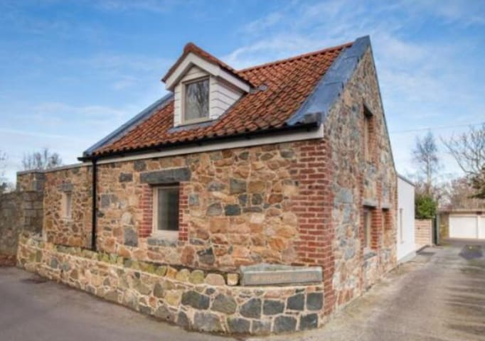 Gorgeous three bedroom barn conversion