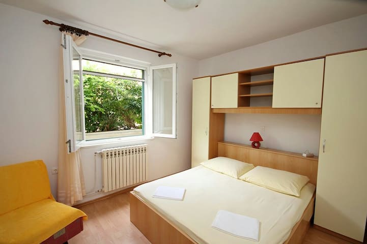 Comfortable and cozy room 3 A/C - Makarska - House