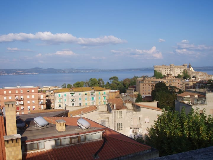 Bracciano- Apartment with a view