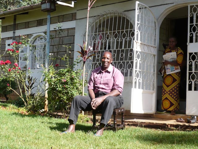Shamba Bed & Breakfast - Karibu!