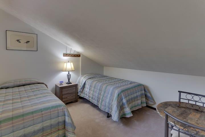 Twin Bedroom - Chalet High Resort