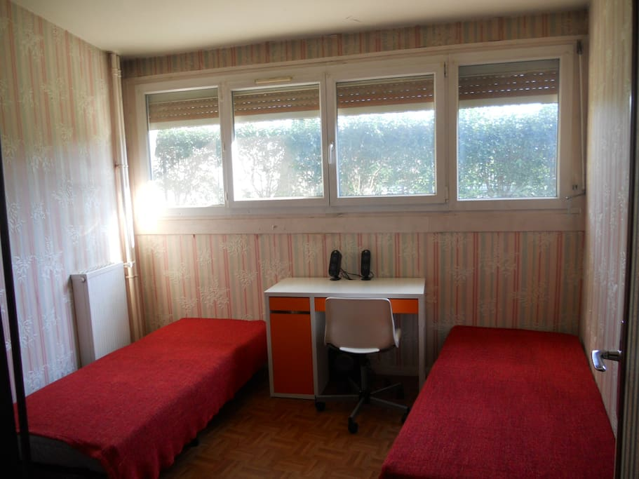 Cheap Room Very Close To Paris Apartments For Rent In