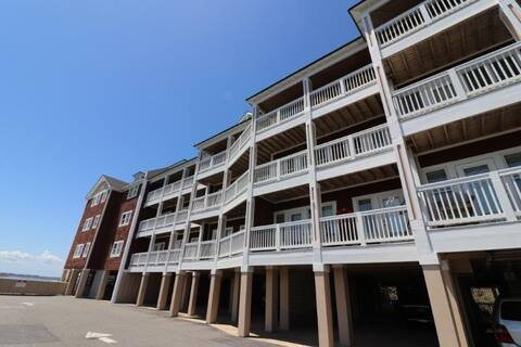 Welcome to The Sound View at the Landings at Sugar Creek Unit 202