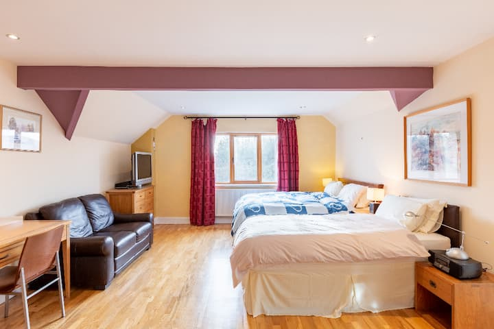 Alaind Lodges, Sneem - Super Spacious Family Suite