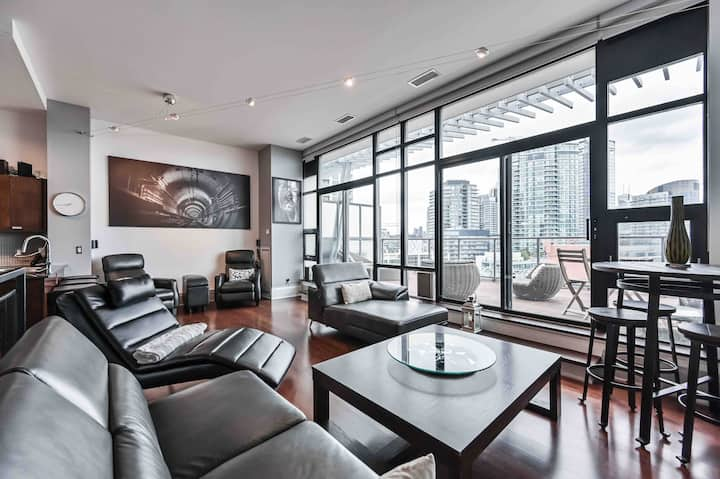 Penthouse Loft - CN Tower/Lake View