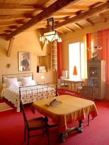 suite marie louise - Cazilhac - Гестхаус