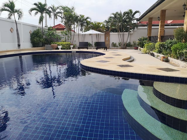 Luxury Private Pool Villa Huahin