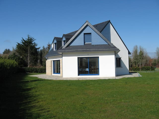 Lesconil, House for 8,  300 yards from the beaches - Treffiagat - Talo