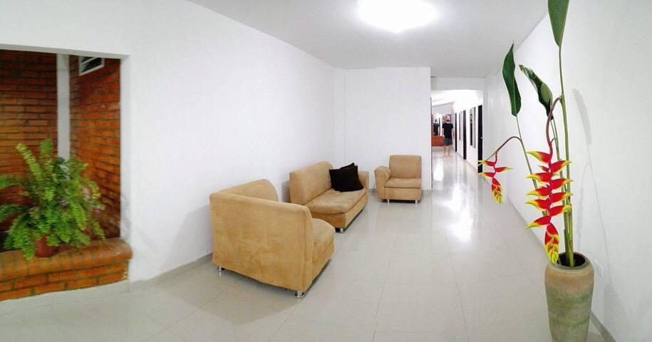Alojamiento en Roldanillo / Guest house - Roldanillo - Pensió