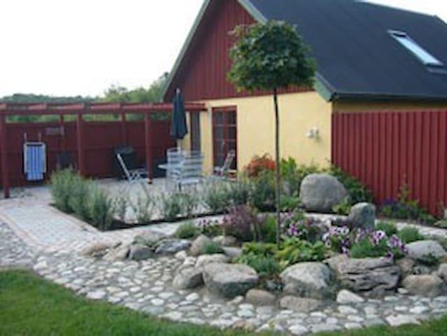 "Cabin ""Ateljén"" at Stenshuvud - Kivik - Cabin"