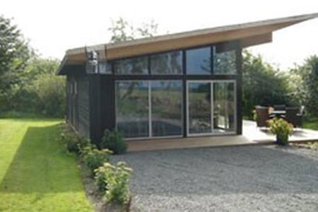 """Cabin """"Näktergalen"""" at Stenshuvud - Kivik"""