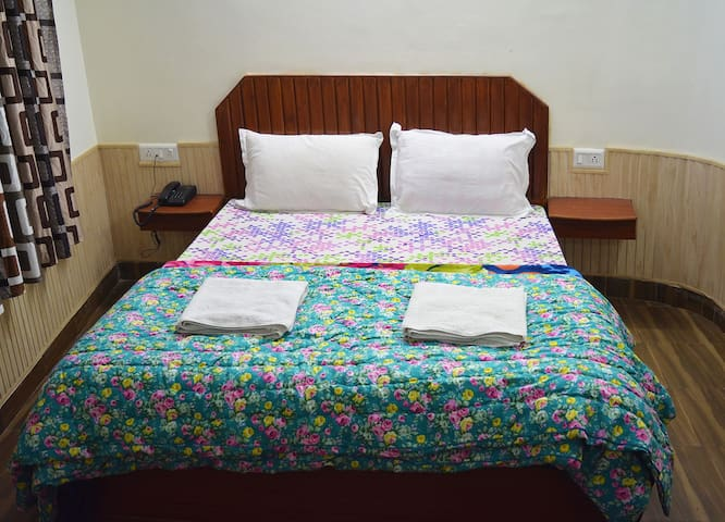 Sweetest Homestay near the mall bus stand