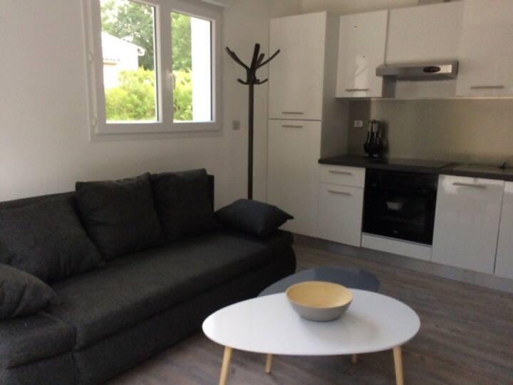dépendance moderne (Guest house)