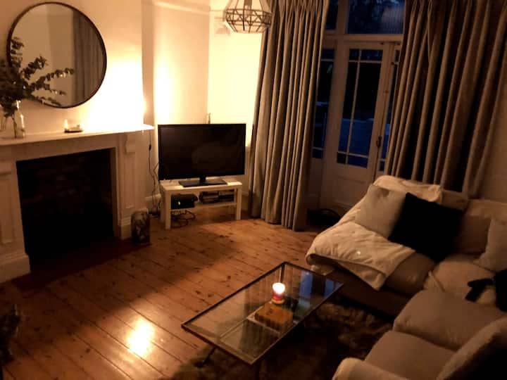 Beautiful Large 2 Double Bedroom Garden Flat