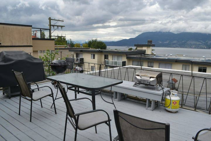 2 Bedroom in the Heart of Kits - Vancouver - Pis