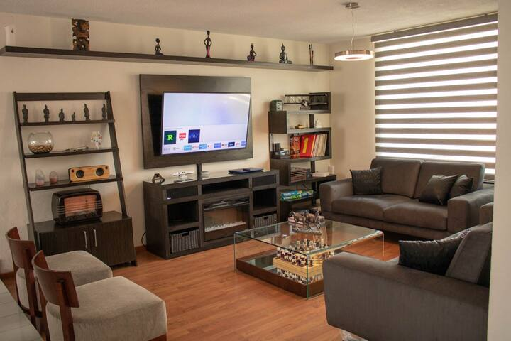 Elegante Casa en Zona Exclusiva de Pachuca