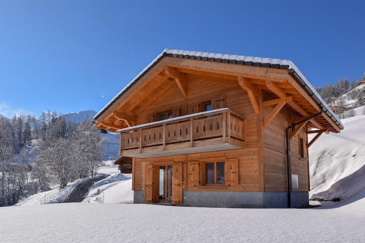New build in a stylish way - Chalet Le Cerf