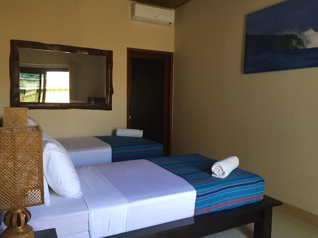 Ekas Surf Resort - Twin Room | Breakfast Incl.