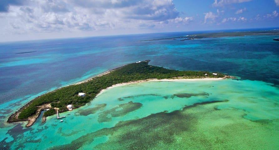 Bahamian Private Island Paradise - Little Harbour - Pulau