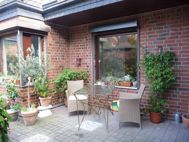 1 Zimmer mit eigenem Bad in Hamburg - Hamburg - Haus
