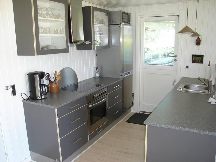 Hasmark Beach 150m. modern cottage