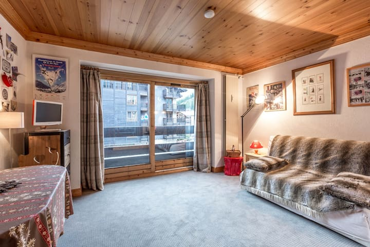 Comfortable studio right in the heart of the resort and close to the slopes