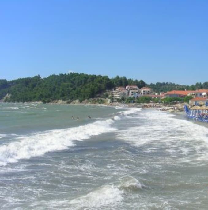 the beach of Skala Fourkas