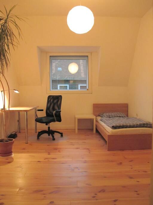 zimmer in hannover linden nord wohnungen zur miete in hannover niedersachsen deutschland. Black Bedroom Furniture Sets. Home Design Ideas