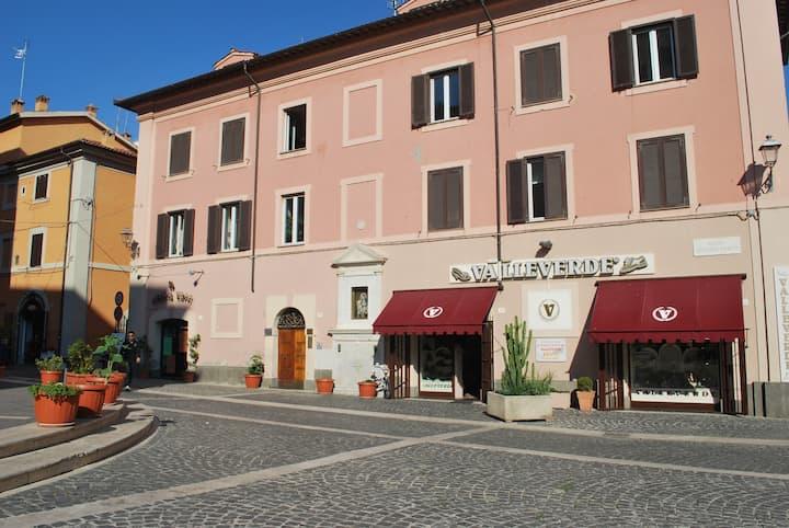 B&B Piazza Fratti - entire apartment
