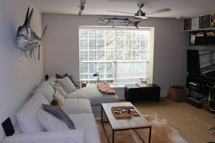 Rice University Condo - Perfect for Super Bowl!!!