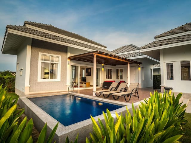 Private and Luxury Pool villa at BM Golf Course