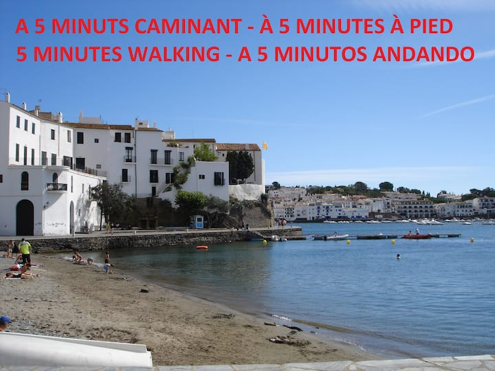 QUIET, CENTRAL AND 4 MINUTES FROM THE BEACH