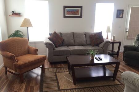 GREAT Family Friendly 3 BR/3BA-Best Deal in town! - Townhouse