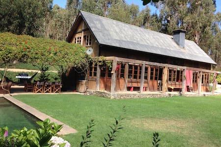 Casa campo en la playa - Zapallar - Huis