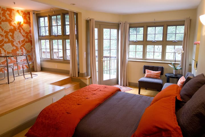 Sumptuous, split level studio - Mill Valley - Byt