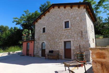 B&B Masseria Majella - Abbateggio - Penzion (B&B)