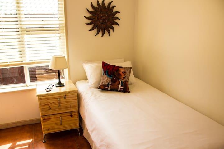 Bedroom, 1 Single, Ensuite (Shower)