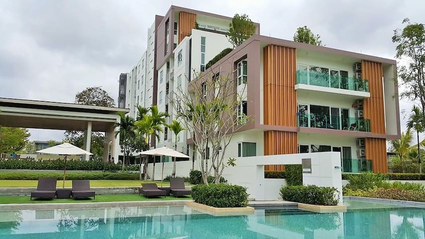 North 8 condo with stunning lake & mountain view - Su Thep - Departamento