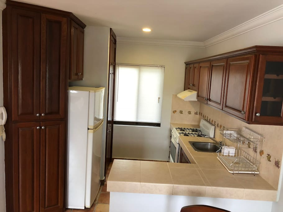 The kitchen is equipped with everything you need to cook and make your long stays more pleasant.